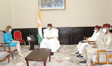 A la Présidence de la République : Le Chef de l'Etat reçoit les ambassadeurs de Grande Bretagne et de l'Union Européenne au Niger