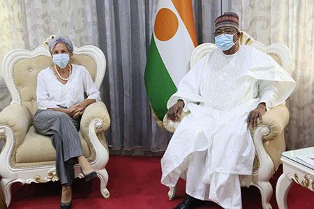 Au cabinet du Premier Ministre : SE Ouhoumoudou Mahamadou reçoit l'Ambassadeur de l'UE, la Coordinatrice résidente des Nations Unies et la Représentante résidente de la CEDEAO